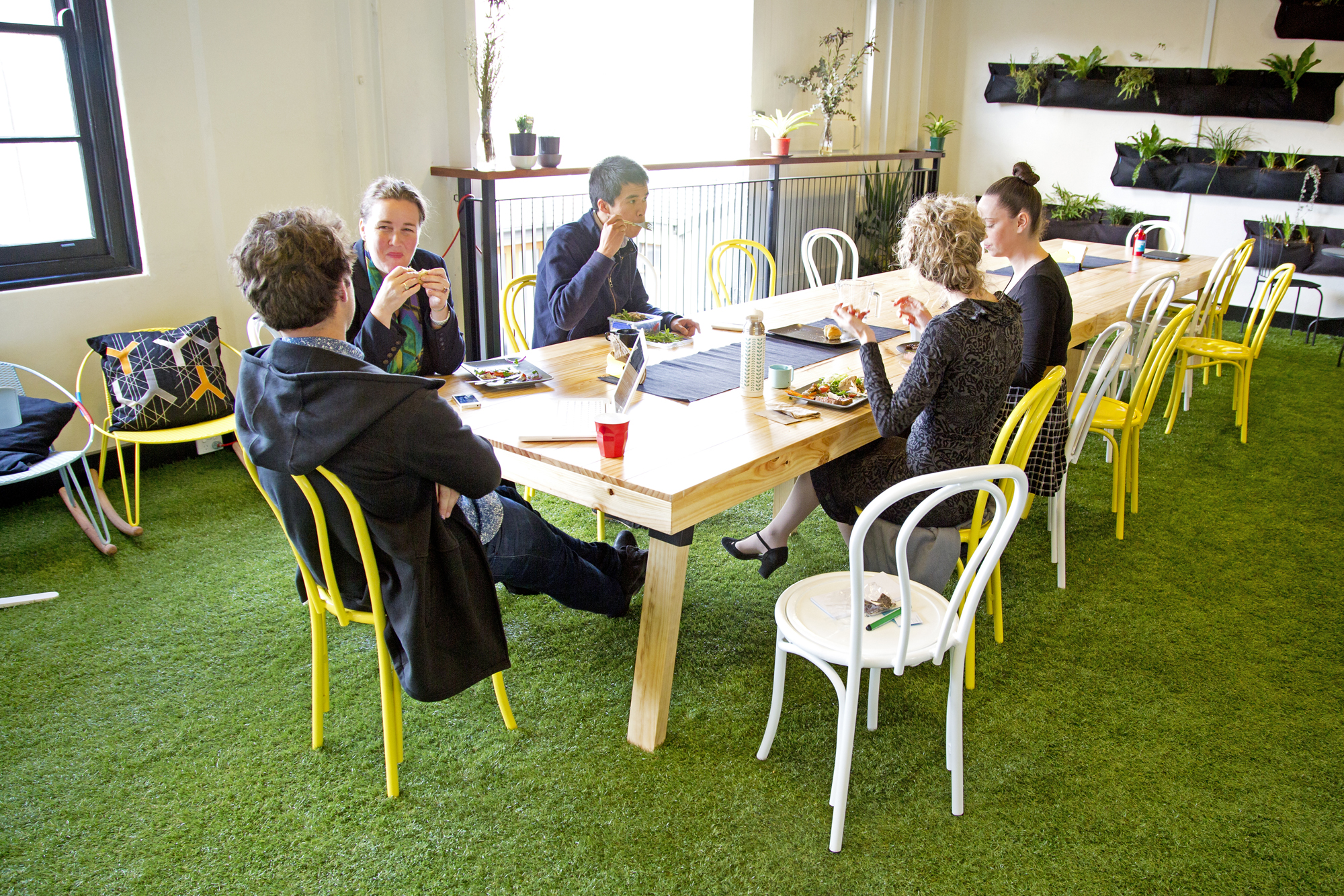 Coworking wiki coworkingsydney for Space and co